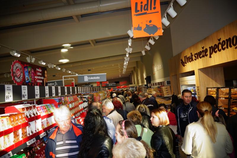 Poziv Leskovčanima da kupovinom u Lidlu doniraju hranu za gladne