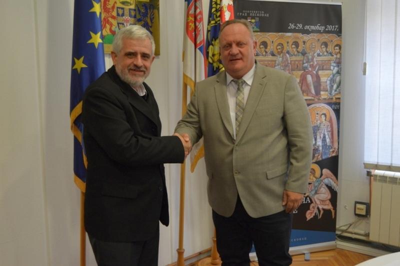 Gradonačelnik ugostio prvog akademika iz Leskovca