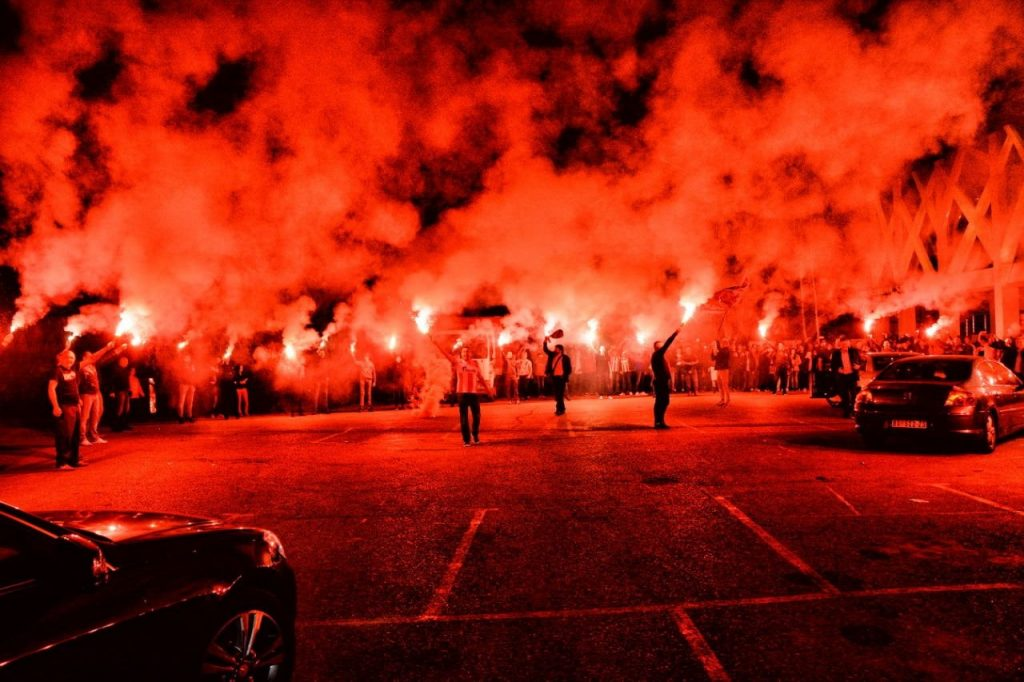 Senku na spektakularnu Zvezdanu noć u Leskovcu bacilo prebijanje gostiju iz Makedonije