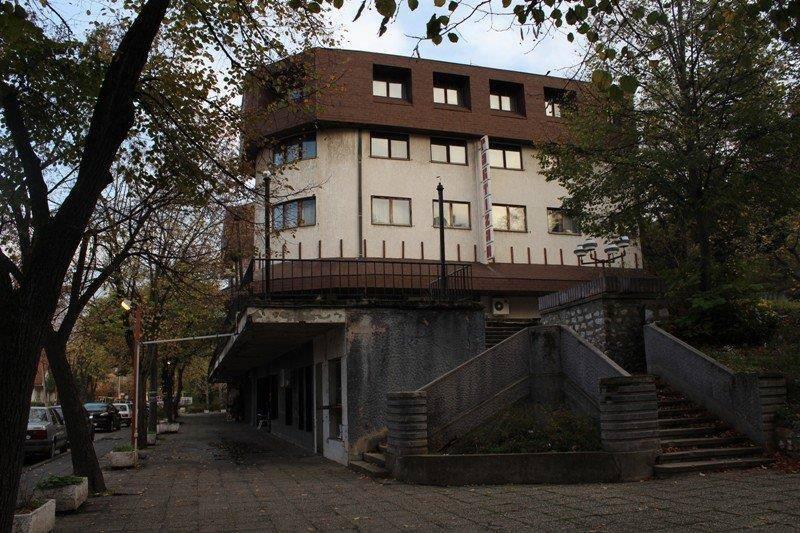 "Uskoro prodaja hotela ""Ozren"", obustvljena prodaja ""Partizana"""
