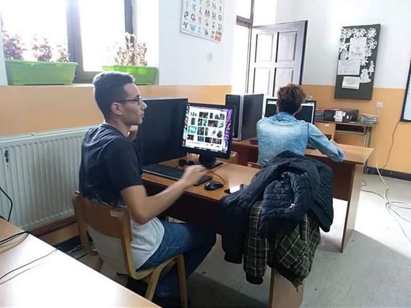 Počela obuka migranata za negovatelje i rad na računaru