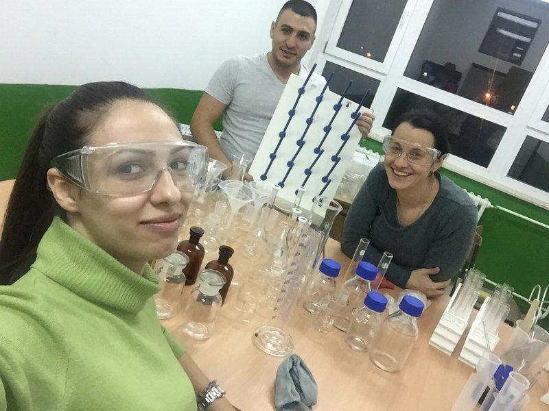 Škola u Bobištu dobila kabinet za hemiju