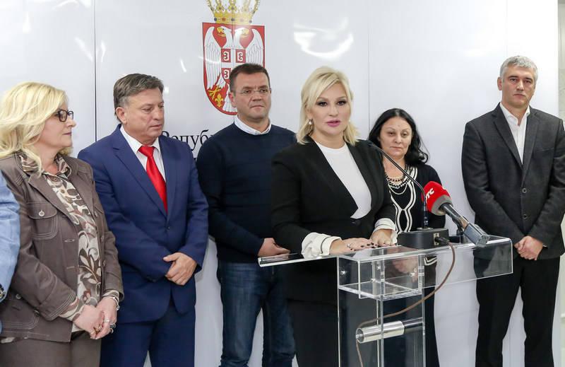 Mihajlović: Završavamo Koridor 10 ali ne zaboravljamo lokalne puteve