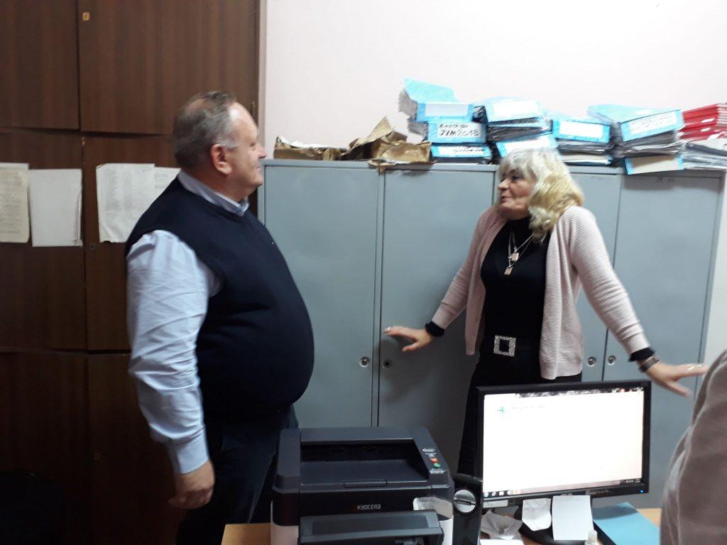 Gradonačelnik prvog radnog dana u godini obišao radnike javnih službi, u ovu kancelariju je ušao prvi put posle 30 godina