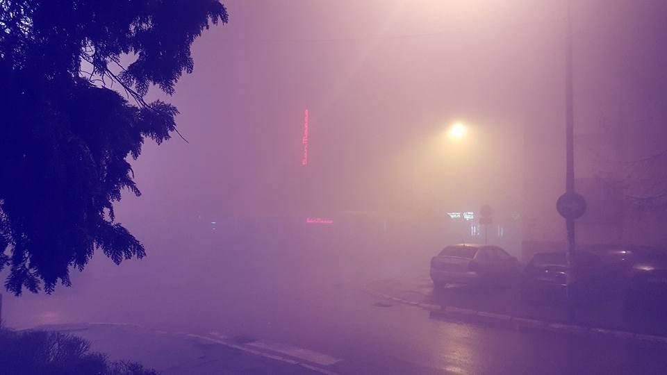 Večeras ne izlazite napolje bez zaštitne maske, ali ne zbog korone – U Nišu, Leskovcu i Vranju vazduh zagađeniji nego u Pekingu