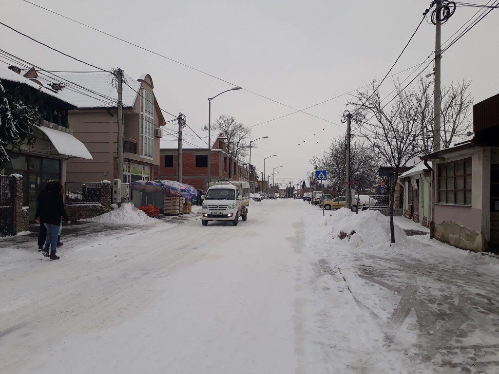 Ulice pod snegom i ledom, nadležni tvrde da je sve pod kontrolom