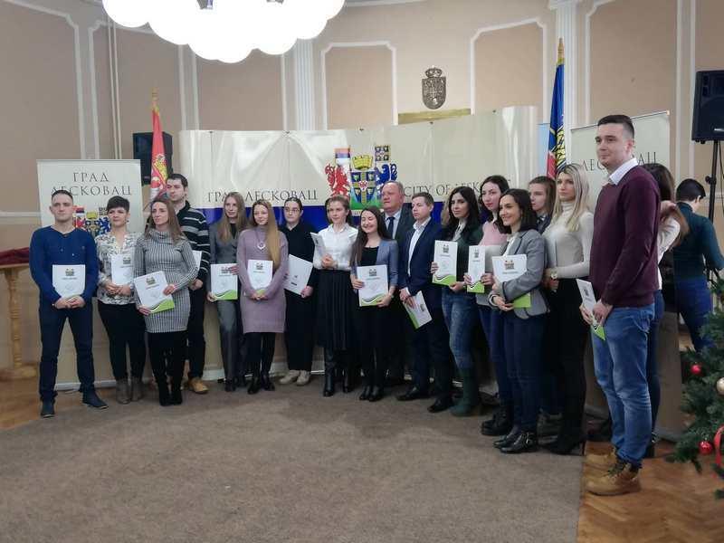 Stručna praksa za dvadesetoro mladih Leskovčana
