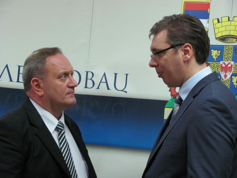 Vučić trebalo da otvori i novu fabriku Jure u Leskovcu, a evo zašto neće (VIDEO, PROTOKOL)