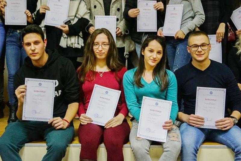 Gimnazijalci najbolji iz srpskog jezika i književnosti ONI SU PONOS LEBANA