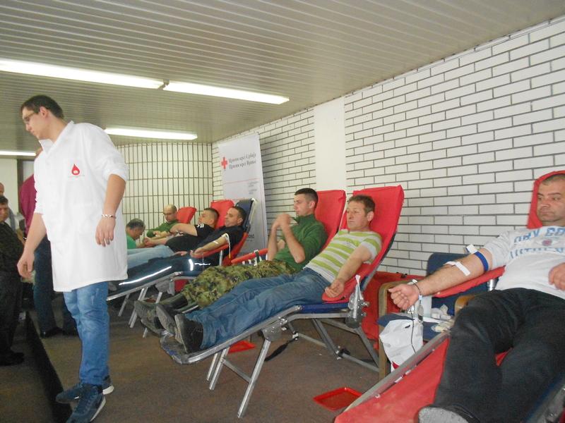 Policajci iz Surdulice u sredu dobrovoljno daju krv, pozivaju građane da im se pridruže