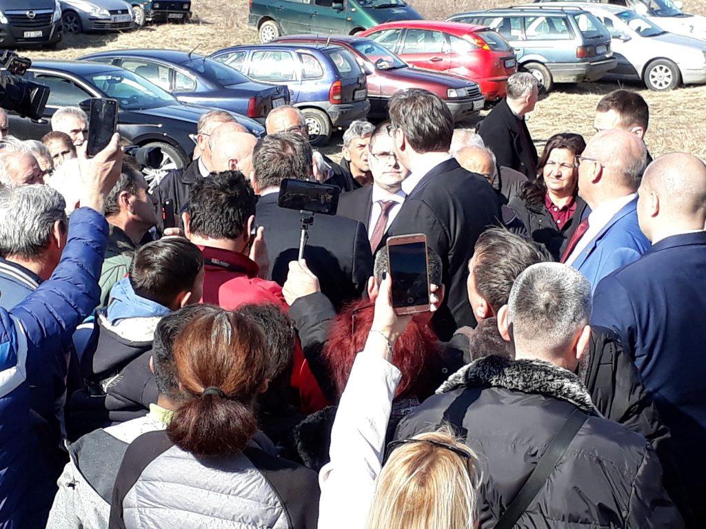 U ponedeljak se kreće sa asfaltiranjem koje je pre pola godine Vučić obećao