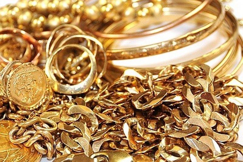 Zaplenili zlatan nakit u vrednosti od 13.000 evra