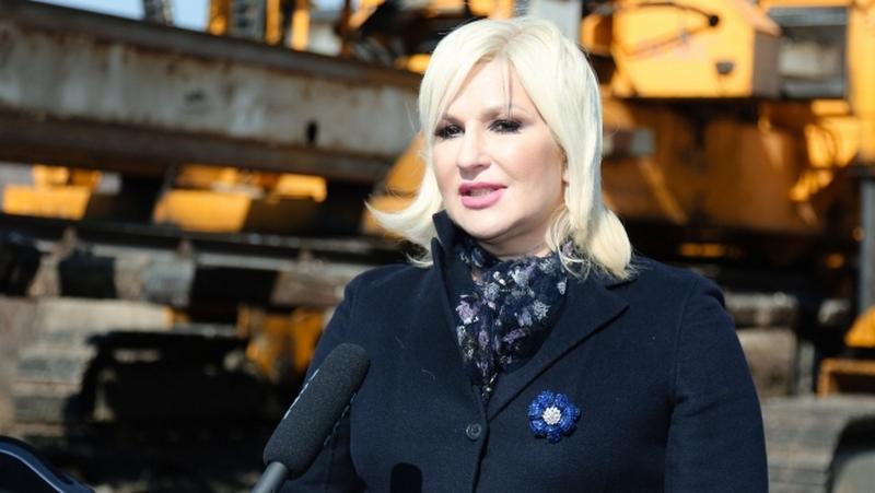Zorana Mihajlović potresena tragedijom u Leskovcu: Ne zatvarajmo oči pred nasiljem!
