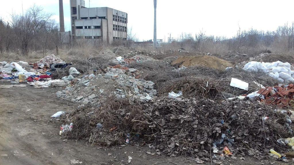 NAŠA SRAMOTA Divlja deponija oživela samo nedelju dana nakon čišćenja