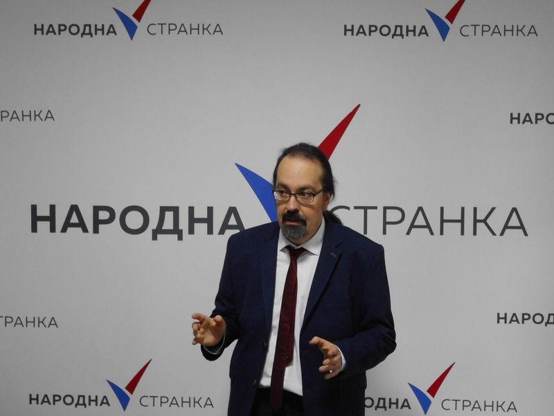 Stojadinović: Novinari da se vrate novinarstvu