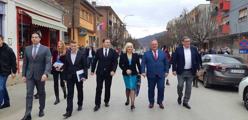 Zorana Mihajlović i Vanja Udovičić stigli u Medveđu