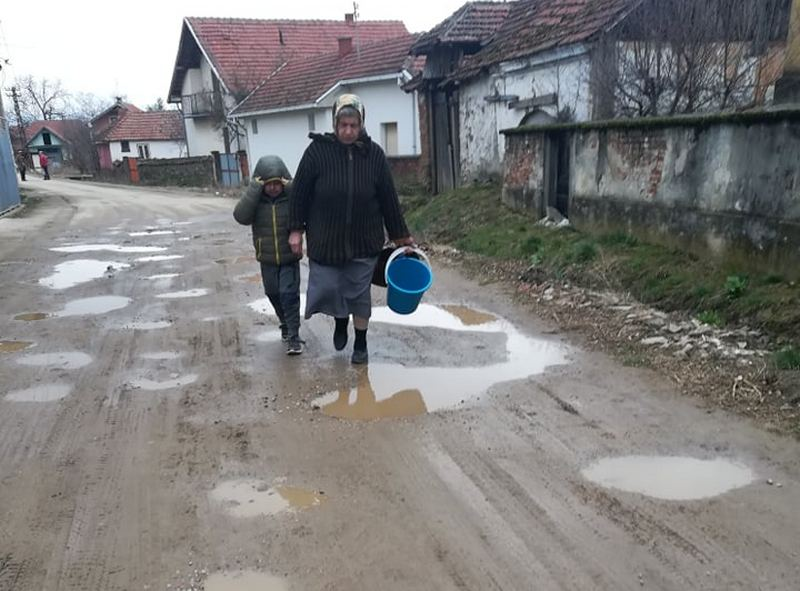 U Vlasotincu sutra bez vode 6 sati nekoliko sela, tri fabrike i škola
