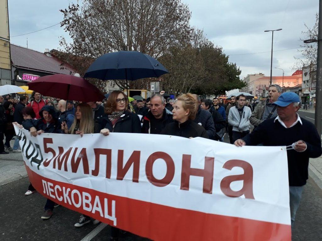 Niko ne sme da vozi leskovačke opozicionare na miting u Beograd 13. aprila