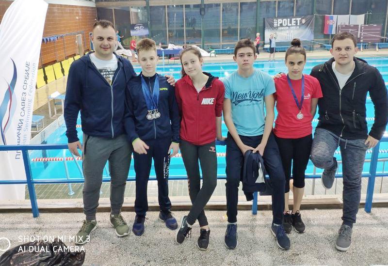 Na prvenstvu Srbije četiri plivača PK Leskovac osvojila 5 medalja