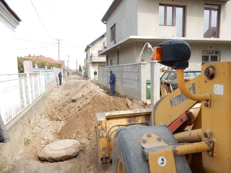 Počelo asfaltiranje Dalmatinske ulice u naselju Ančiki
