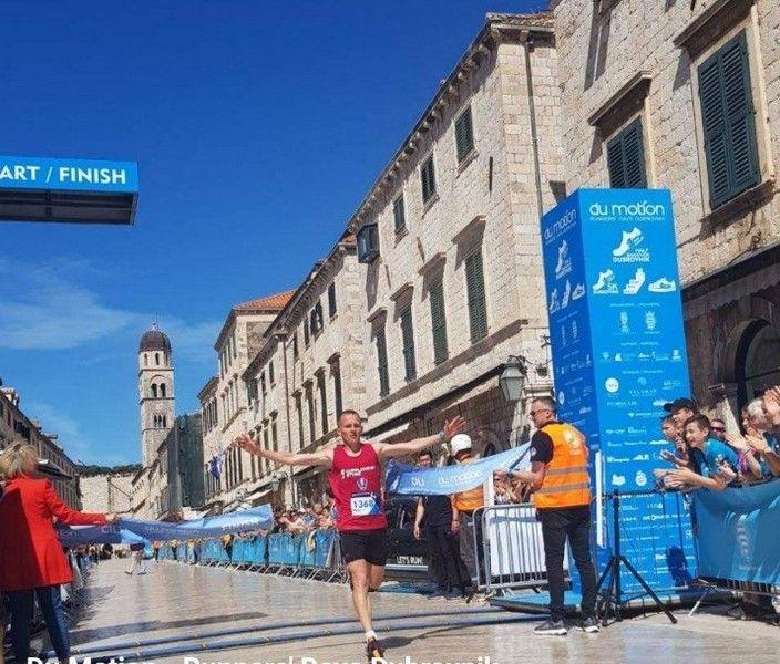 Kristijan Stošić pobednik Dubrovačkog polumaratona