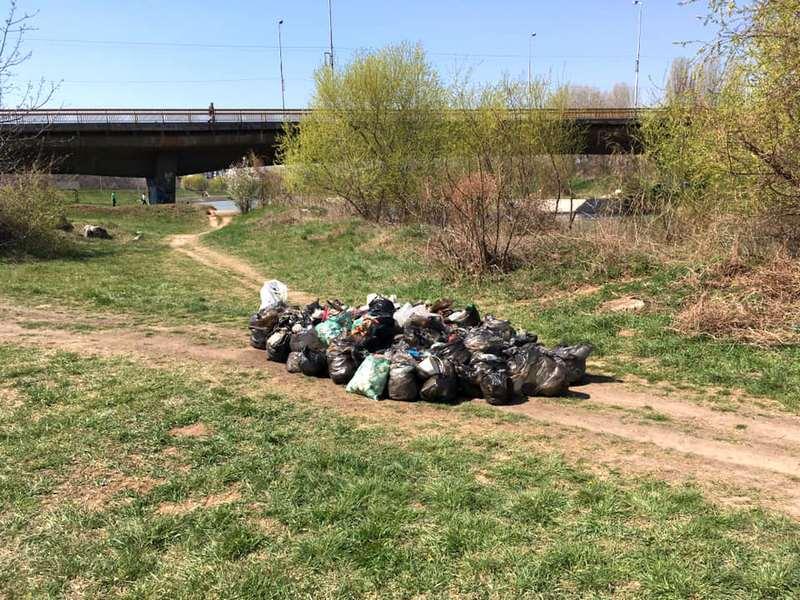 Građani se spontano okupili i očistili šetalište