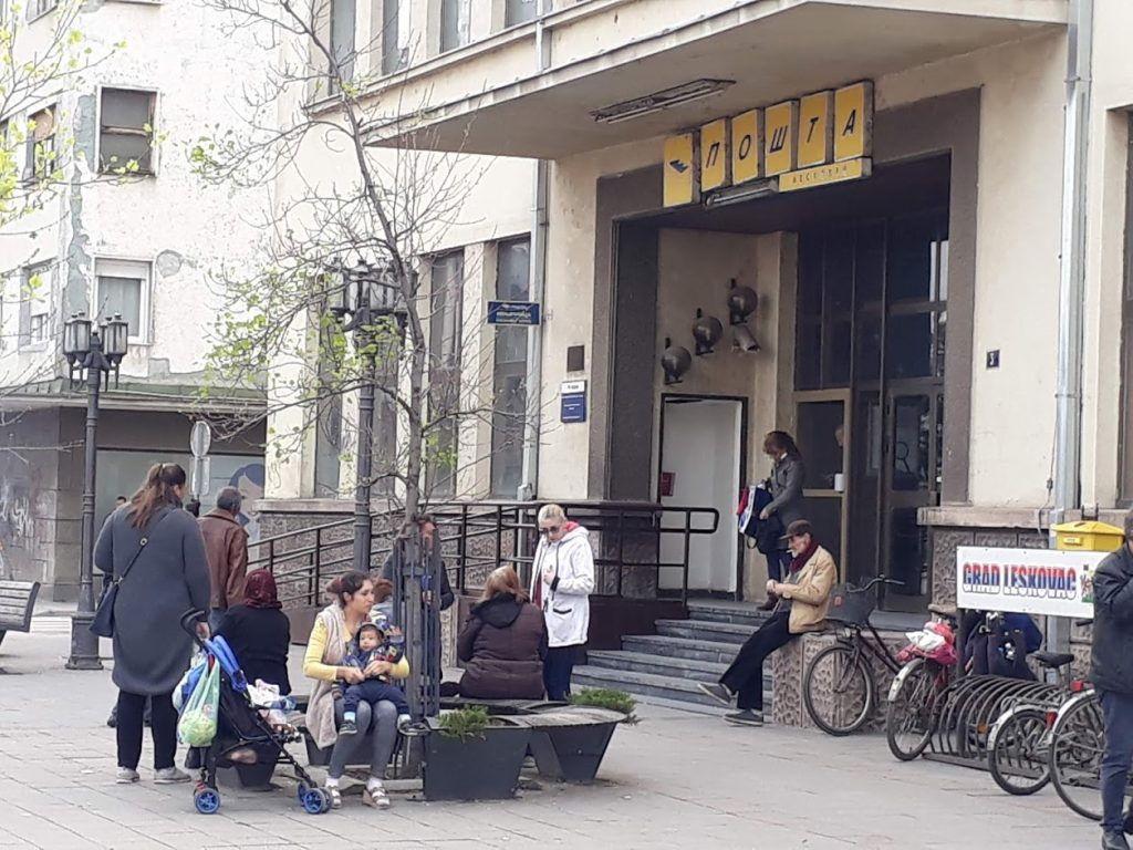 Poštari odbili ponudu Vlade Srbije, pošiljke i dalje ne stižu