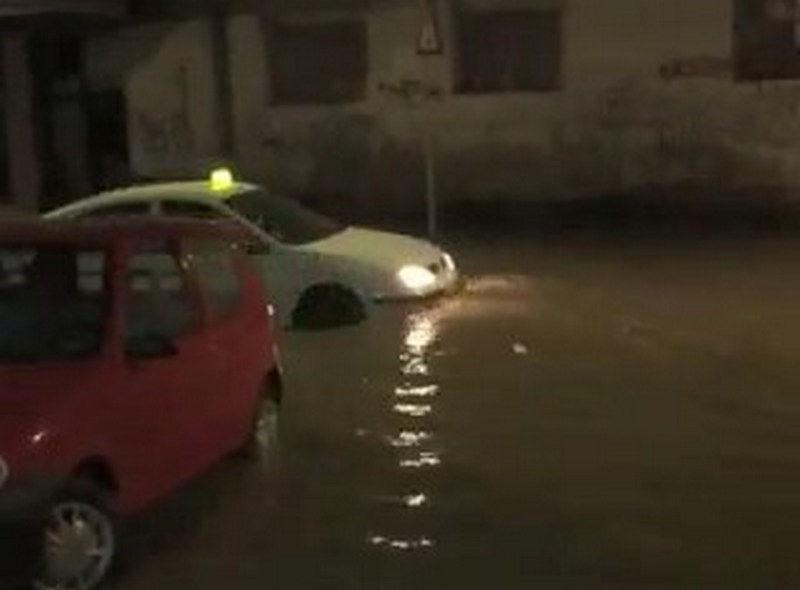 Potop usred noći probudio Leskovčane (VIDEO)
