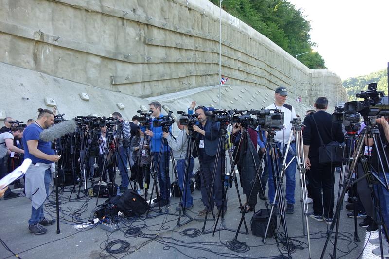 NUNS i SafeJournalists: Srpska policija da osigura bezbednost medijskih radnika na protestima