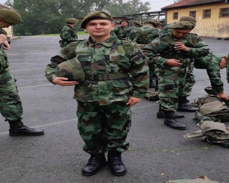 Pomoćnik gradonačelnika dobrovoljno na vojnoj obuci u Leskovcu