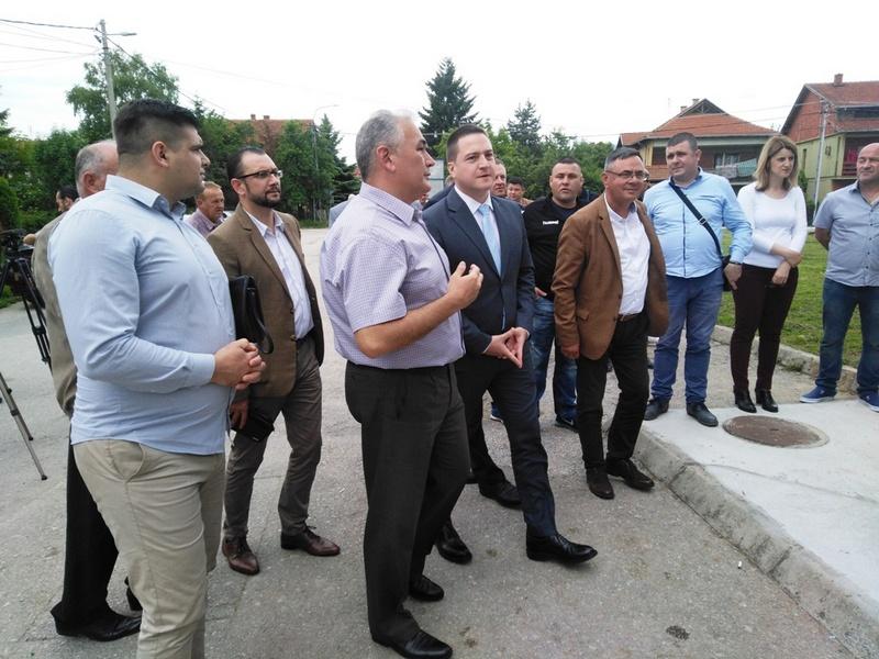 Ministar Ružić obećao u Vlasotincu veći fond za projekte