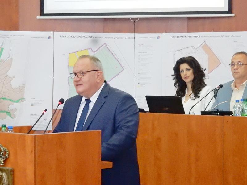 Prilikom rasprave o završnom računu budžeta grada Leskovca o izveštaju revizora ni reči