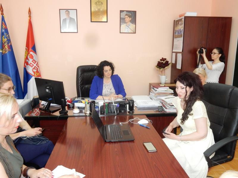 Od načelnice Dragane Sotirovski pomoć traže investitori, ljudi bez posla, i oni koje muči administracija