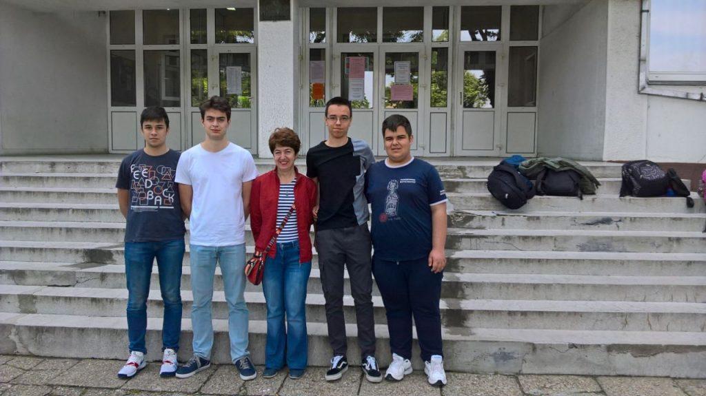 Gimnazijalci iz Pirota drugi u matematici