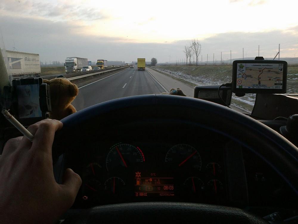Život kamiondžija: dobro plaćeni, umorni, sami i željni života