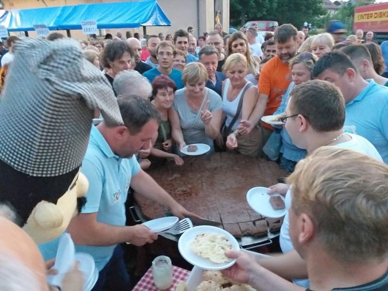 Slovenci uživali u specijalitetima sa roštilja tokom promocije Roštiljijade