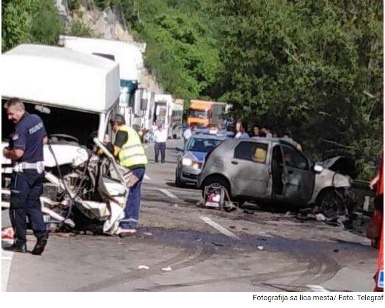 Teška saobraćajna nesreća u tunelu: Jedna osoba poginula, devet povređeno