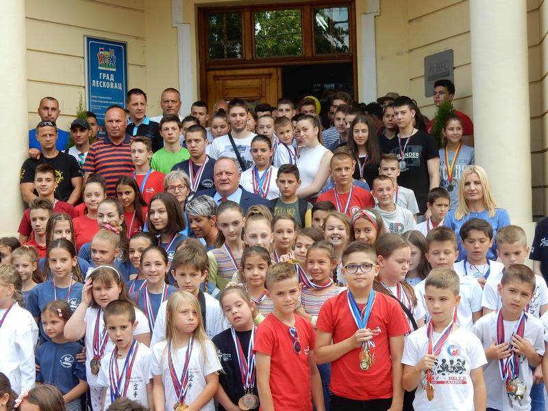 Oni su ambasadori Leskovca – svi najbolji sportisti na jednom mestu