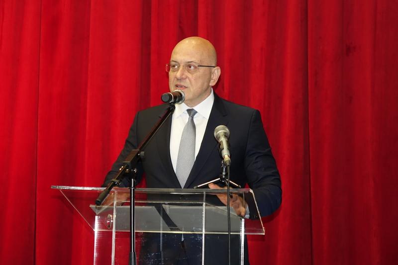 Ministar Vukosavljević: Za člana projektne komisije nije neophodno biti novinar (video)