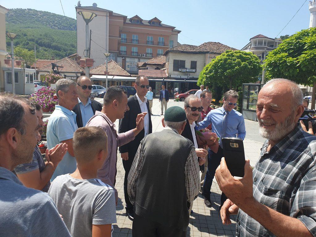 """Kongresmen Eliot Engel (""""prijatelj Albanaca"""") u Preševu jasno protiv razmene teritorija"""