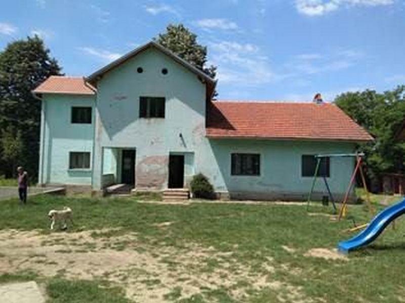 Glasajte za obnovu zgrade škole u Čikljeniku stare skoro 90 godina