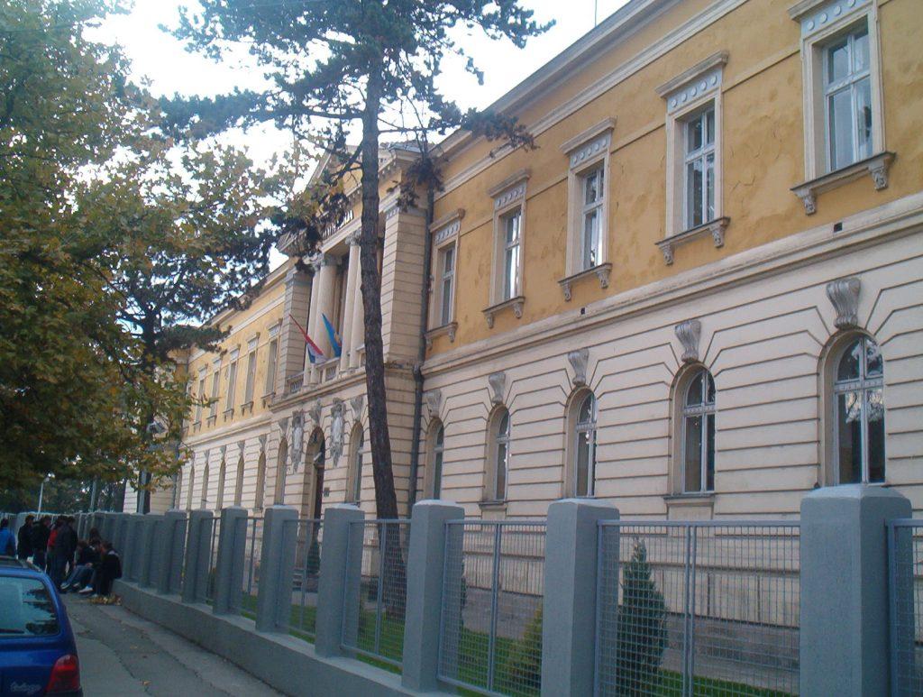 U Pirotskom okrugu u srednjim školama slobodno još 141 mesto