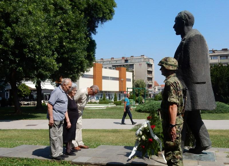 U Leskovcu obeležen Dan borca, dan kada je Srbin ubio Srbina