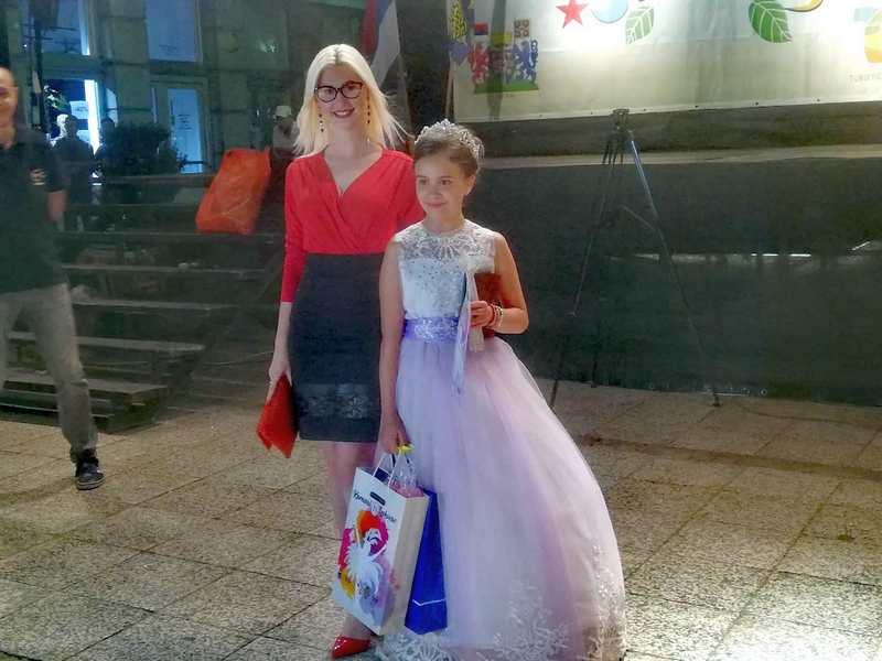DUPLA KRUNA Lena Mladenović ponovo princeza Leskovačkog karnevala