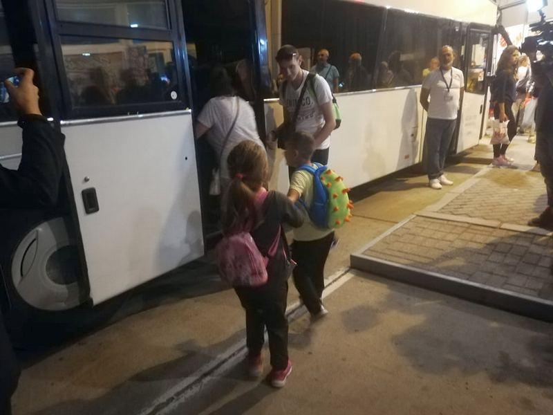 Deca iz hraniteljskih porodica otputovala na besplatno letovanje