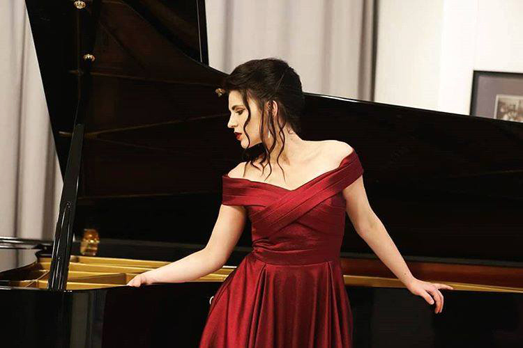 "Piano summer: ""Metamorfoze"" Dragane Teparić na"