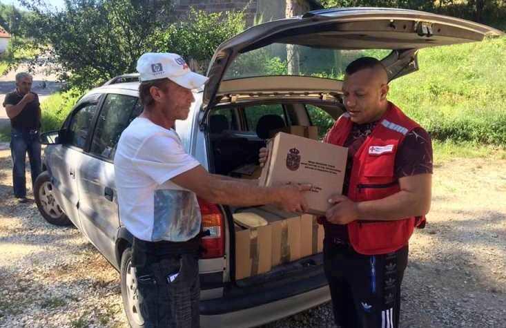 500 paketa pomoći za ugrožena staračka domaćinstva i porodice sa više dece
