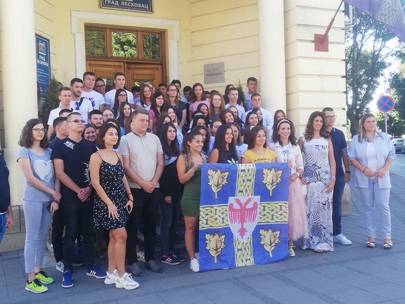 Vukovci iz Leskovca otišli na nagradno putovanje