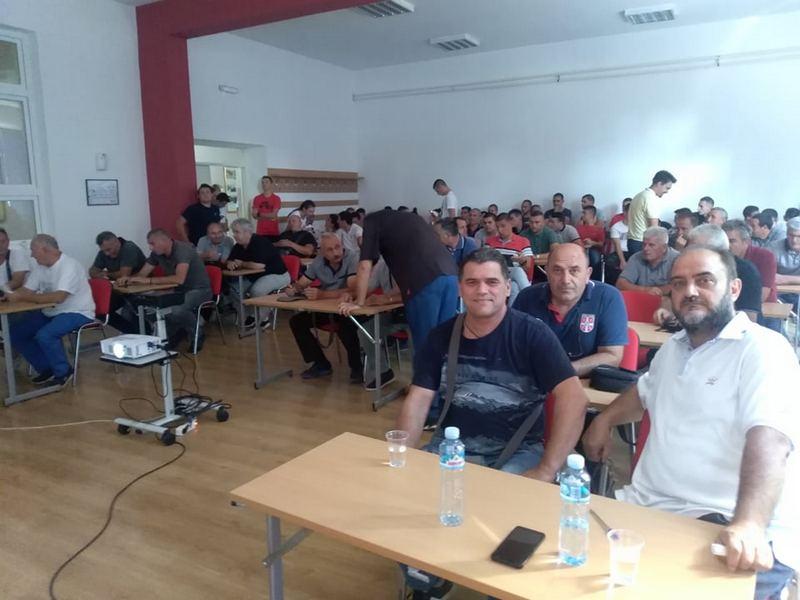 Seminar o novim pravilima fudbala u Leskovcu