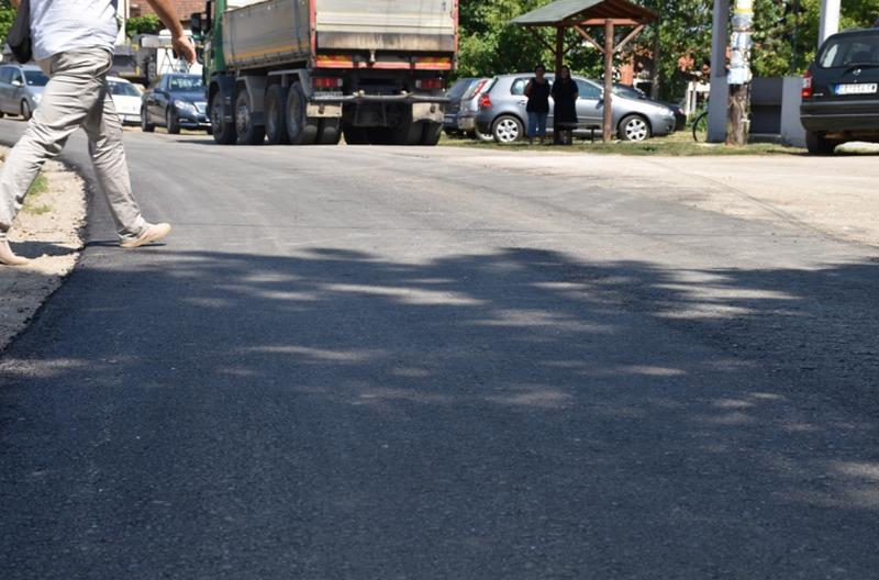 Uskoro završetak asfaltiranja puta Velika Kopašnica – Slatina